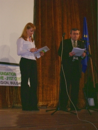 Nikolay Slatinski (National Security Secretary to the President of the Republic of Bulgaria, 2006) addresses the guests and participants of the Festival