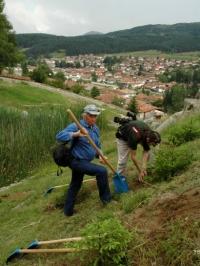 Екипът на БНТ в акция по засаждане на дървета, 5 юли, 2008, Копривщица